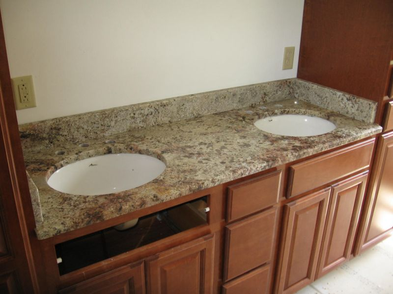 Granite vanity tops with double sinks roselawnlutheran - Double sink vanity countertop ideas ...