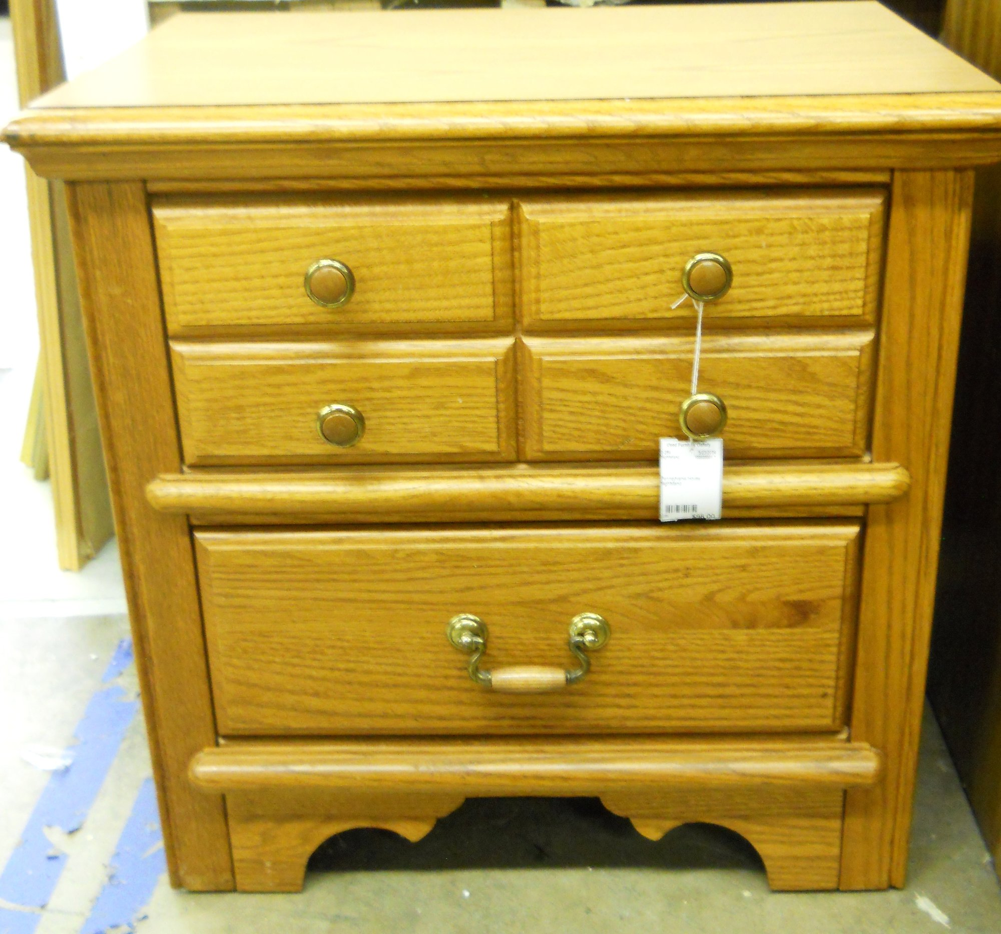 Used Furniture Gallery: 0-289 Pennsylvania House Nightstand