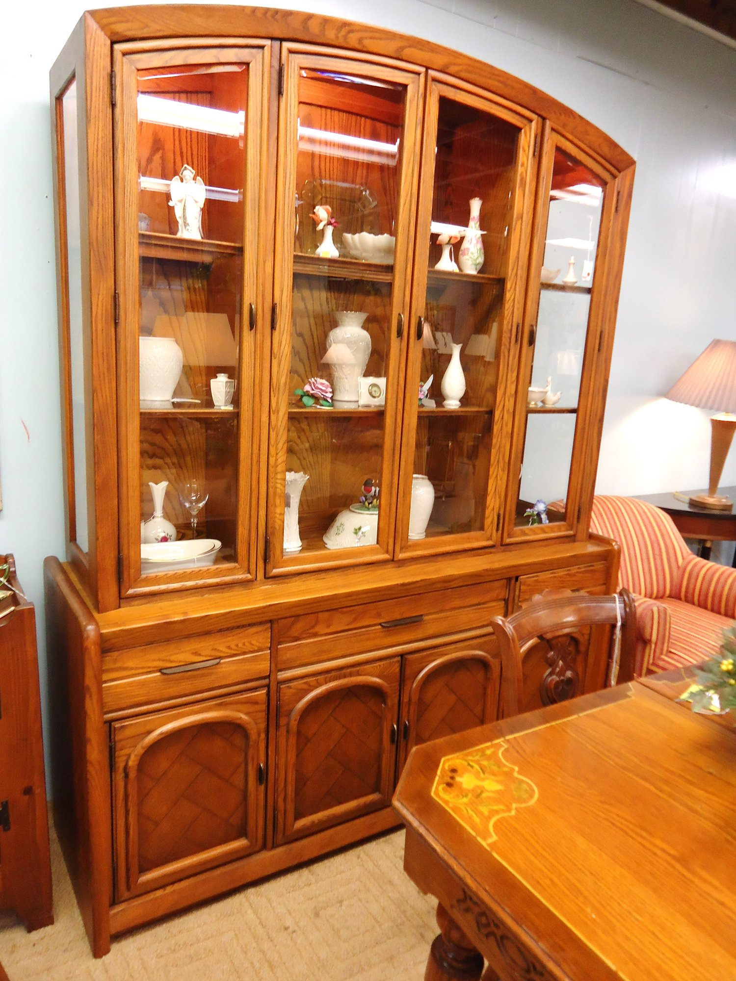 1 13085 Vintage Oak China Cabinet