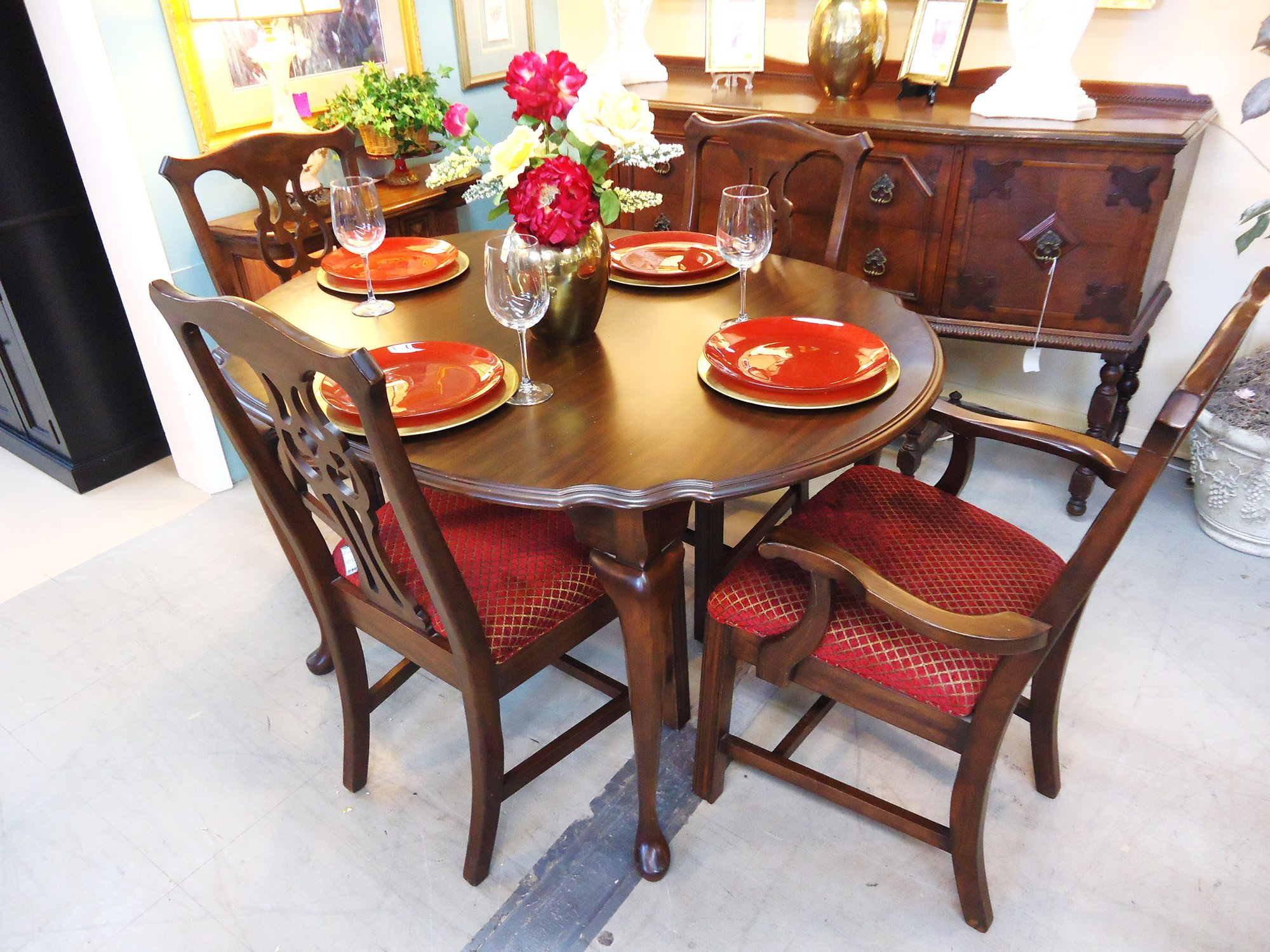 1 14857 Harden Dining Table