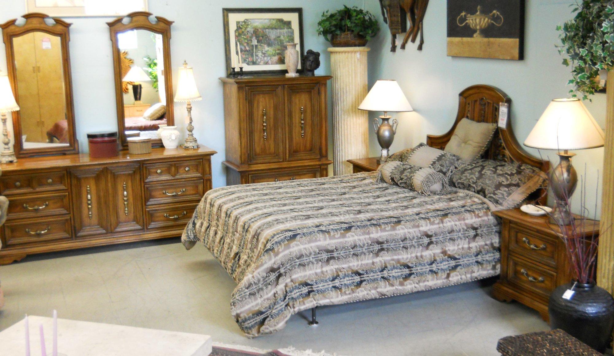 Queen Bedroom Set With Armoire Home Design