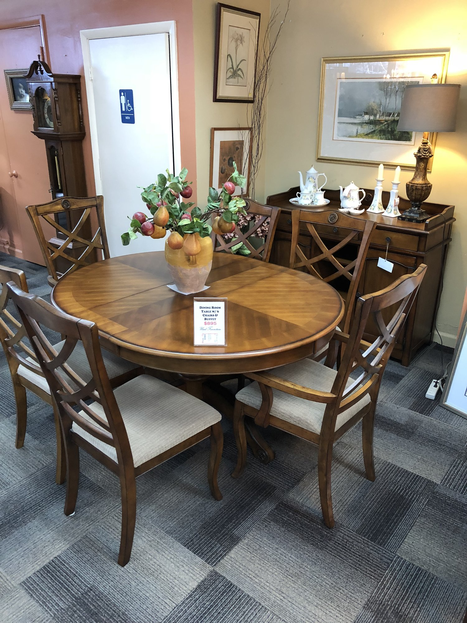 1 25765 Dining Table W/ 6 Chairs, Leaf, Pads, Buffet (