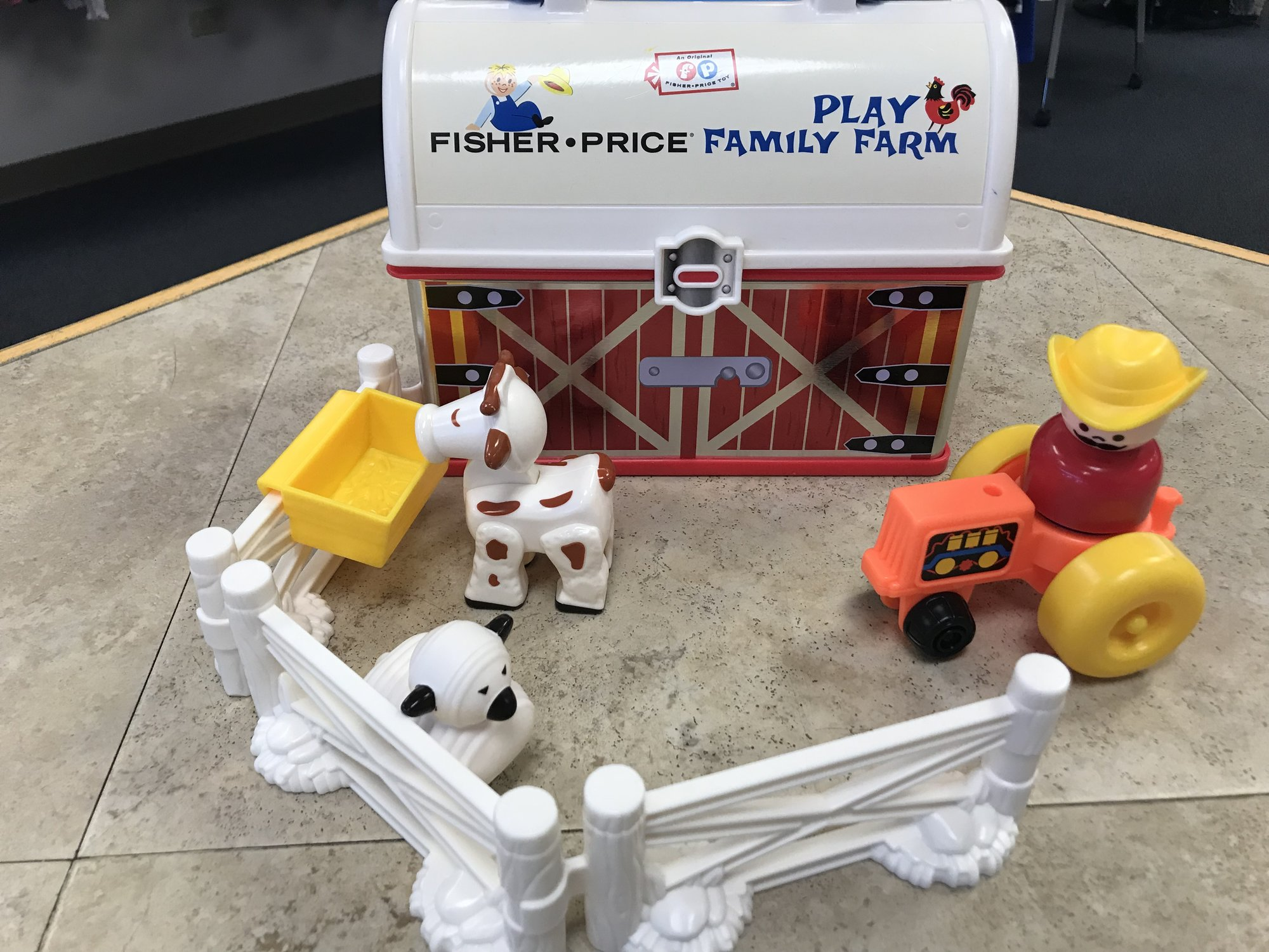 Fisher Price Play Family Farm, vintage style, NO SHIPPING-in store pick up only