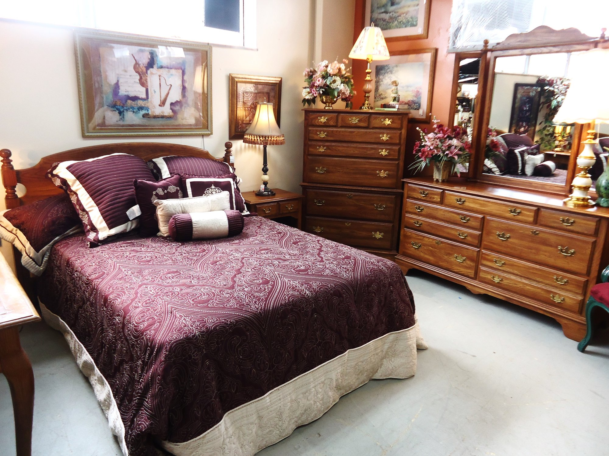 furnishing a small bedroom used furniture gallery 15361